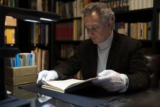 consulting-original-documents-in-the-archive-archivio-luigi-pericle-ascona-1024x683